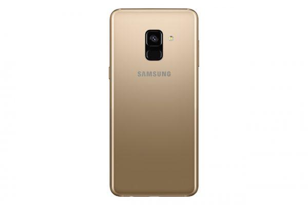 Galaxy A8 2018 Gold -02
