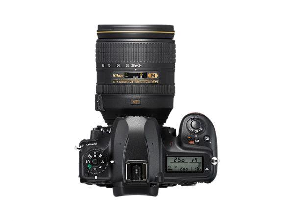 Nikon D780 -04